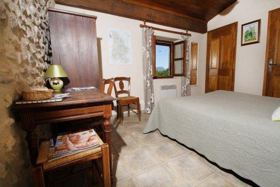 Chabrillan, France : Chambre TOURNESOL pour  2 - 1er étage