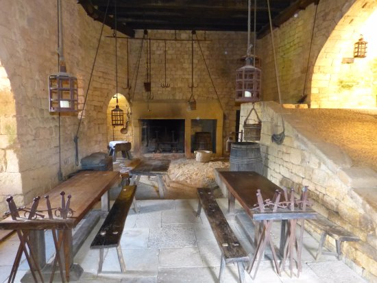Chateau de Beynac: La salle d'armes