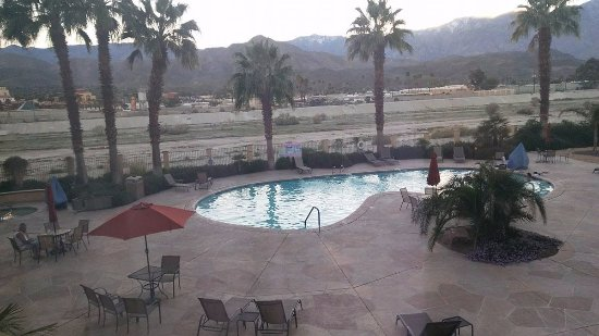 Holiday Inn Express Cathedral City (Palm Springs): Pool area