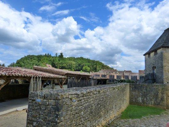 Beynac-et-Cazenac, França: vue du mur intérieur