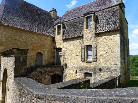 Chateau de Beynac: vue ewtérieure