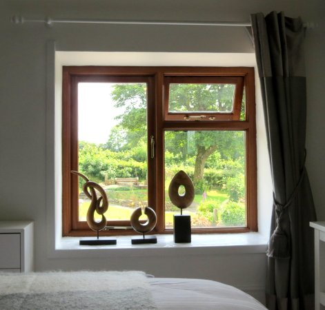 Stones Throw bed and breakfast Picture