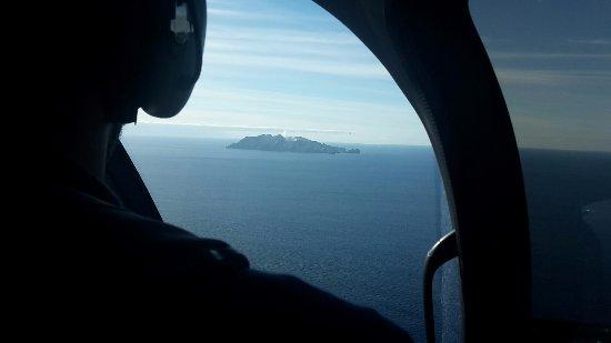 Whakatane, New Zealand: Anflug mit dem Heli (15 Minuten Flug)