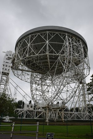 Macclesfield, UK: radiotelescope