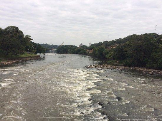 Piracicaba, SP: vista do rio em cima da ponte