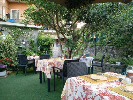 L'insolita Zuppa : Location e piatti