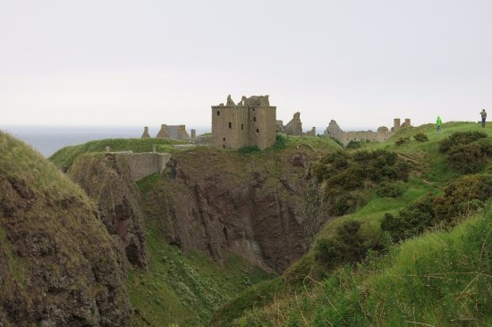 Dunblane, UK: A must see- Dunnotar Castle
