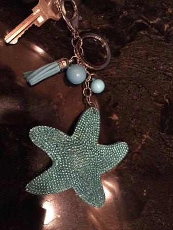 Fernandina Beach, Флорида: Blue beaded starfish keychain