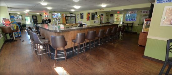 Janesville, WI: Charlie's Place offers great burgers, cold drinks, and good company!
