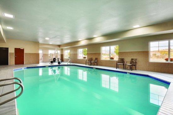 Omak, WA: 24 Hour Pool
