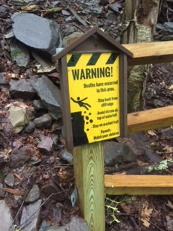 Haines Falls, Nowy Jork: warning signs