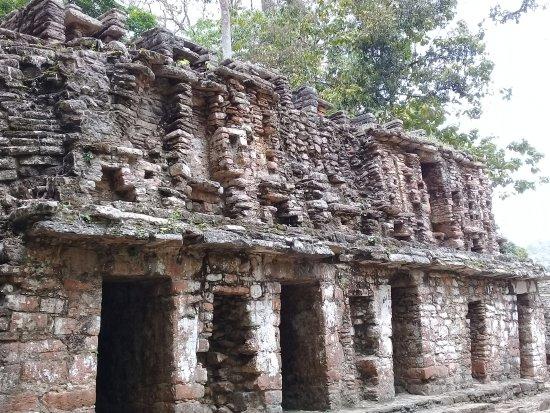 Yaxchilan : Zona Arqueológica de Yaxchilán
