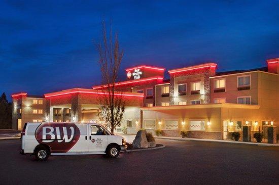 Best Western Plus Peppertree Airport Inn