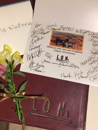 Paradise Valley, Аризона: Anniversary Card from Restaurant Team. Nice touch!