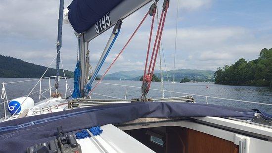 Боунес-он-Уиндермир, UK: 20th June 2017, morning sail and lunch