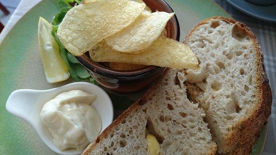 Cawsand, UK: Excellent crab sandwiches on sourdough