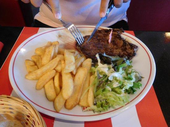 Saran, Frankrike: carne