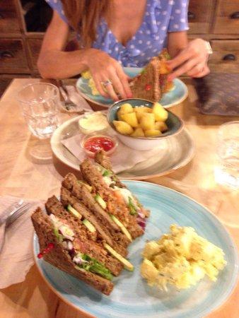 Alboraya, Spain: Los dos Sandwich Club que hay en la carta. Recomendado probarlos los dos 👌
