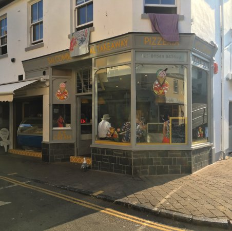 New Pizzeria located in the heart of Salcombe town centre serving delicious authentic Italian Pi