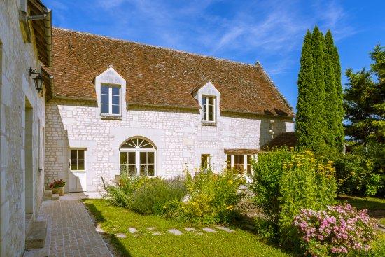 La Milaudiere: Ancienne ferme en pierre de tuffeau au cœur des châteaux de la Loire