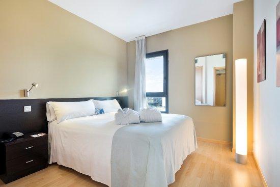 Tryp Madrid Airport Suites, hoteles en Madrid