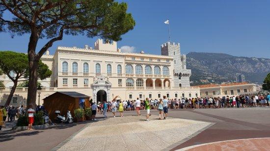 Prince's Palace (Palais du Prince): Княжеский дворец