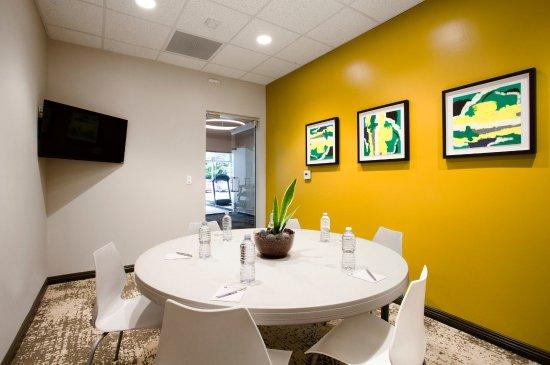 Torrance, CA: Meeting Room