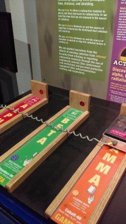 Bradbury Science Museum : Geiger counters!
