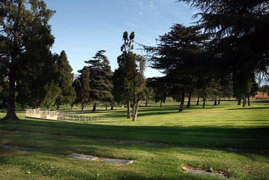 Colton, CA: Montecito Memorial Park and Mortuary