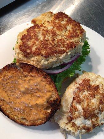 Cafe 33: Crabcake Sandwich