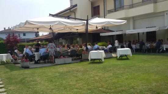 Marene, อิตาลี: Esterno