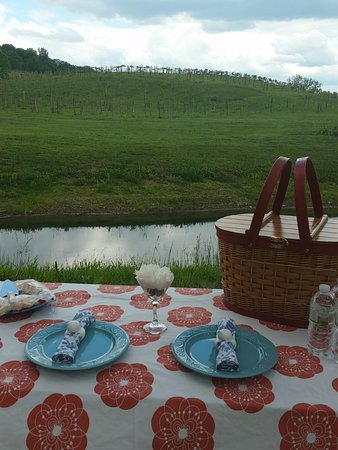 Maynardville, TN: Enjoy a picnic in the vineyard at Goodwater Vineyards.