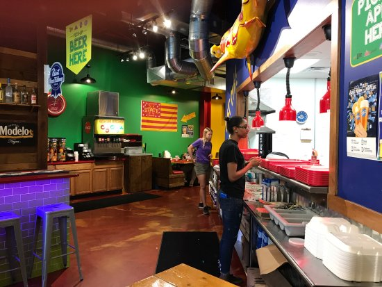 Ames, Айова: Fuzzy's Taco Shop