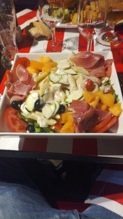 Bron, France : Salade fraîcheur