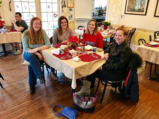 Girlfriends Getaway Enjoying A Leisurely Breakfast At Wedgewood
