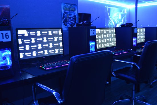 Temple Terrace, FL: Ask about our 144hz monitors for games such as CS:GO!