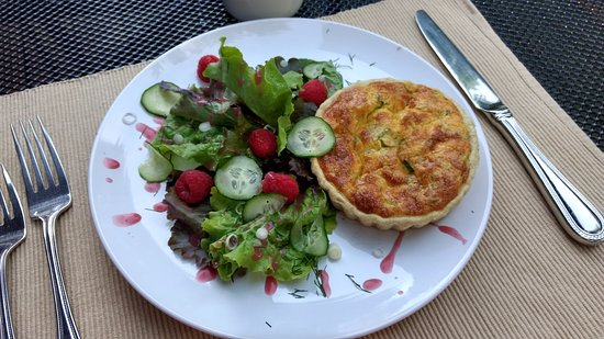 Addison, PA: Hartzell House: Savory Egg (and artichoke?) Tart