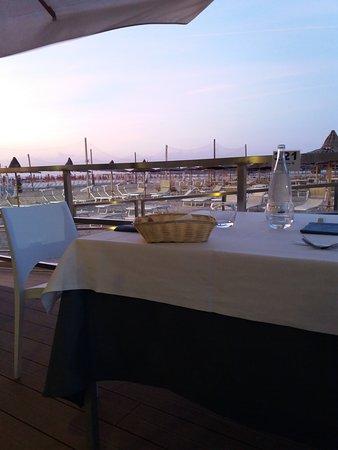 Foto di ristorante riviera 69 cesenatico - Bagno riviera cesenatico ...