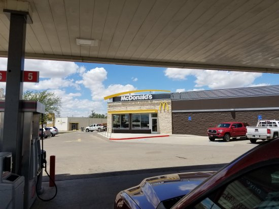 Dalhart, TX: View from gas pumps