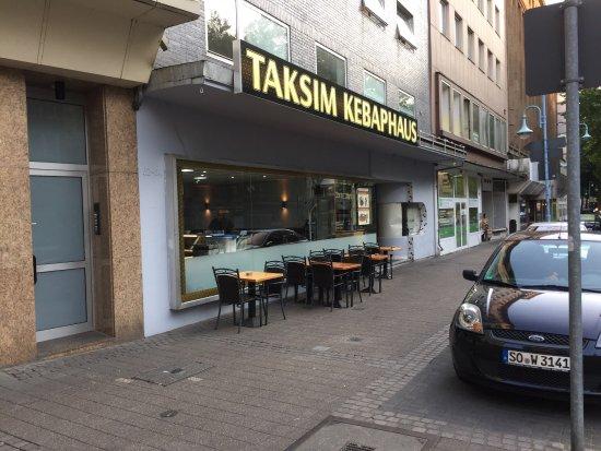 Muelheim an der Ruhr, Alemania: Eingangsbereich des renovierten Restaurants
