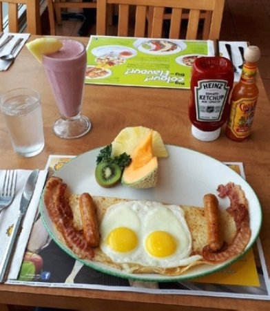 "Cora : ""Breakfast on a Crepe"""