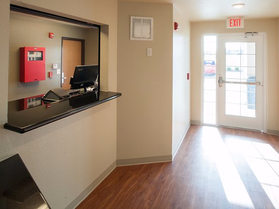 Firestone, CO: Front Desk
