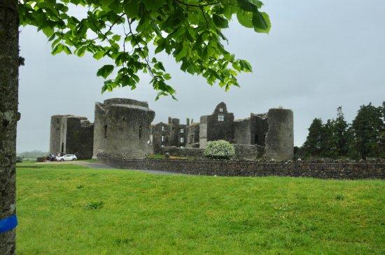 Roscommon, Ireland: nice setting?
