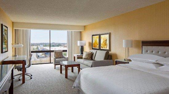 Sheraton West Des Moines Hotel: Studio Suite