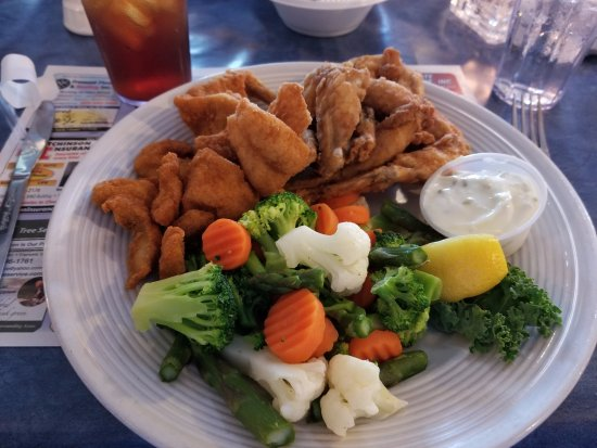 Fremont, WI: All you can eat Catfish and Frog Legs !