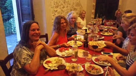 Arrone, Italia: 11 Culinary Adventurers enjoy the fabulous multi-plate Antipasto Course at Osteria dello Sportel