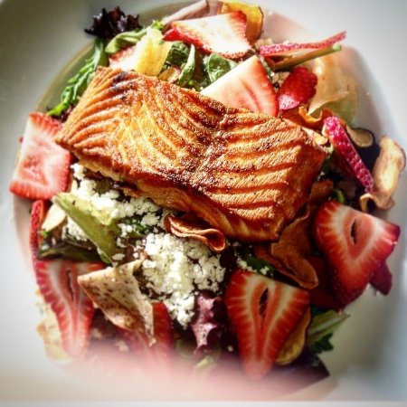 North Bay, Canada: Silver Lady Salmon salad with root vegetable crisps, fresh in season straweberries, Atlantic Sal