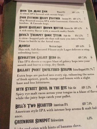 บัลปาราอีโซ, อินเดียน่า: Great craft beer selection - decent prices. Good service