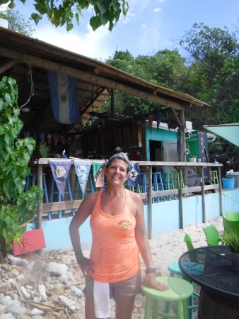 Water Island, St. Thomas: Millie is a great host at Dinghy's Beach Bar.