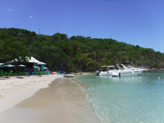 Water Island, St. Thomas: The beach is clean and the water is calm, friendly and safe to just hang out with friends.